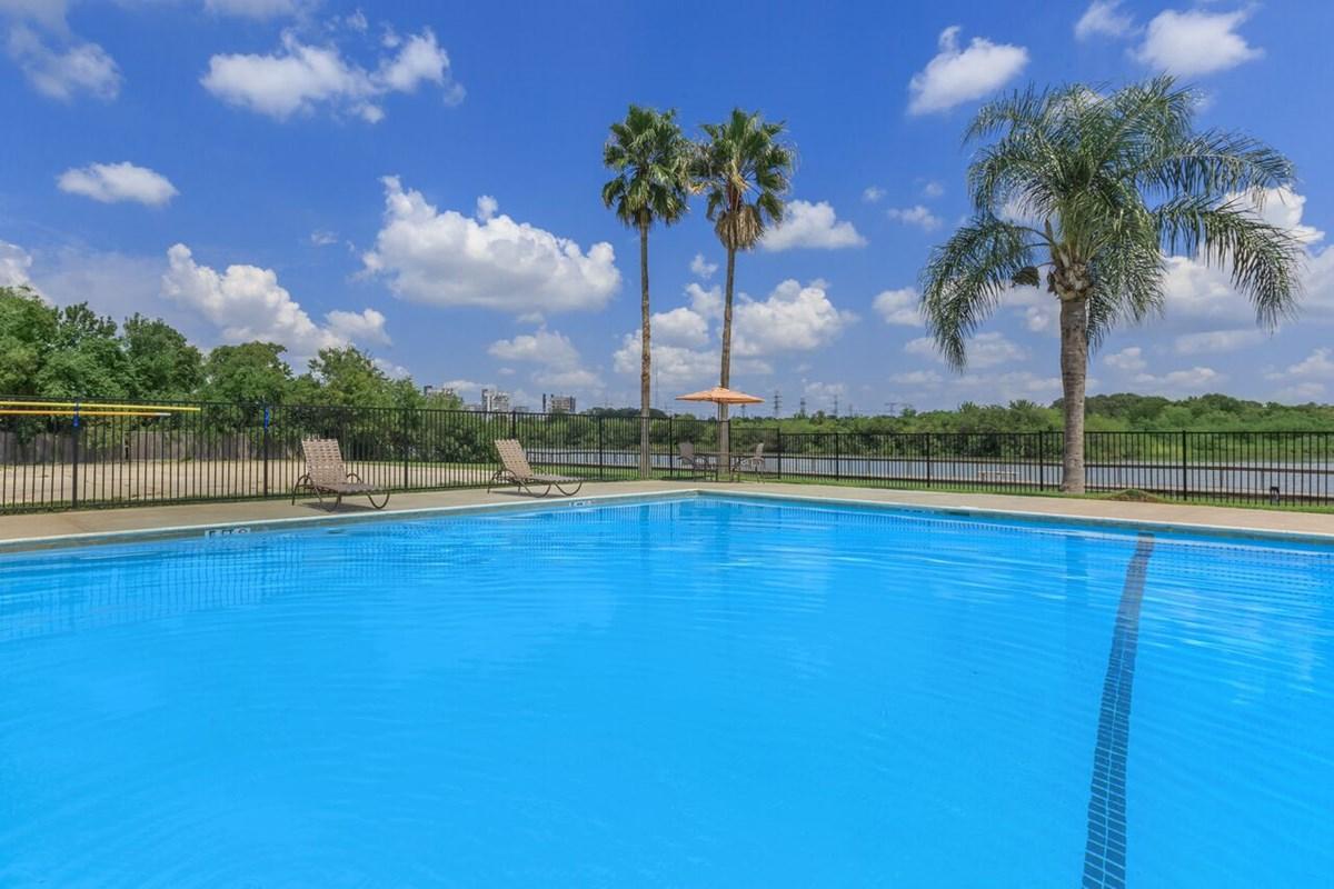Pool at Listing #138372
