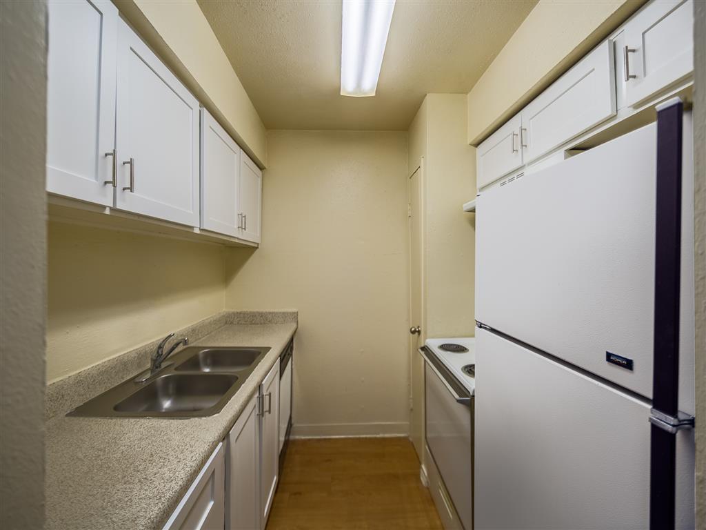 Kitchen at Listing #139070