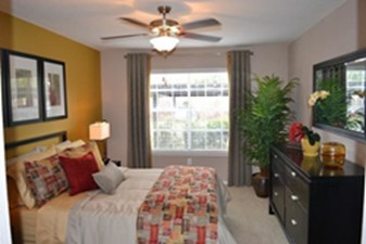 Bedroom at Listing #138938