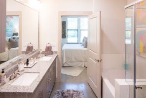 Bathroom at Listing #282777