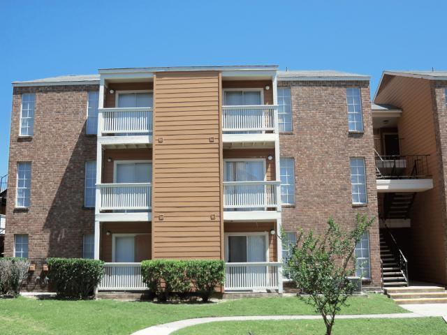 Springwood Villas Apartments San Antonio TX