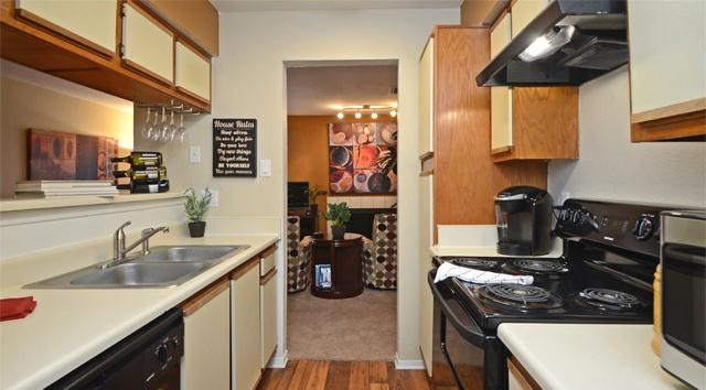 Kitchen at Listing #135918