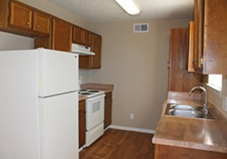 Kitchen at Listing #141223