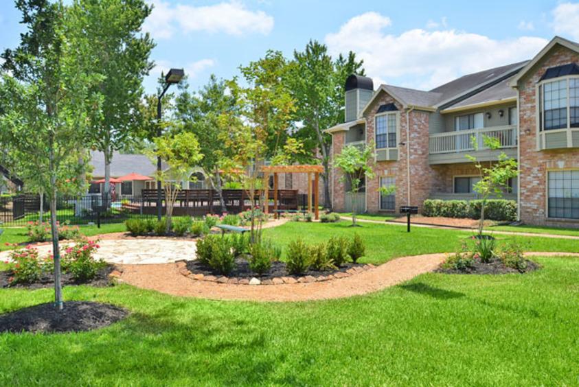 Green Tree Place ApartmentsHoustonTX