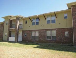 Exterior at Listing #145667