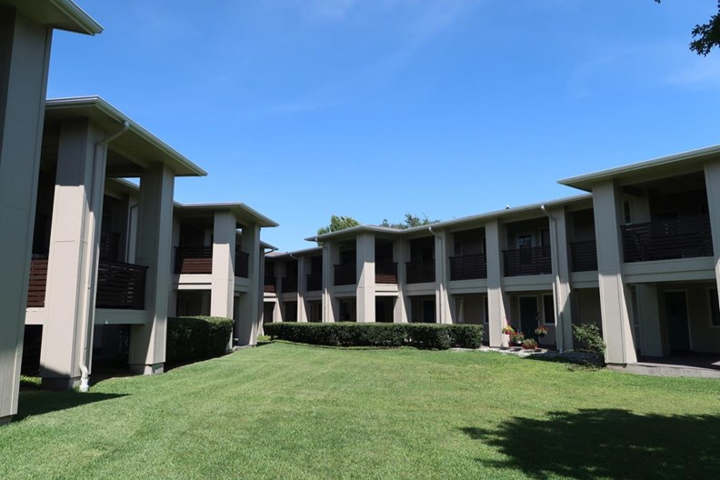 Montclair Estates Apartments