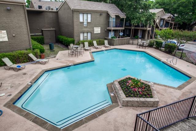 Pool at Listing #135698