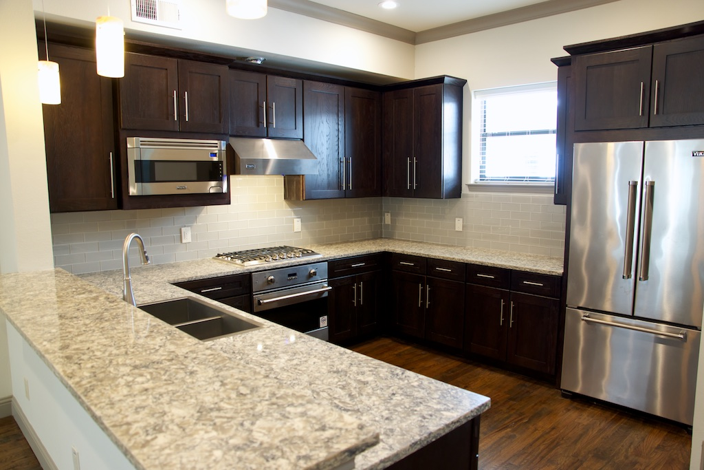 Kitchen at Listing #281932