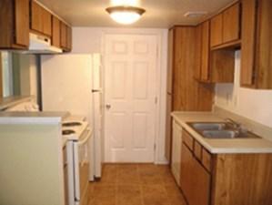 Kitchen at Listing #140232