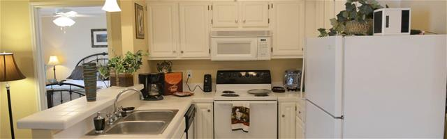 Kitchen at Listing #141435