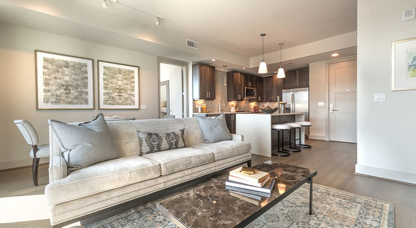 Living at Listing #275971