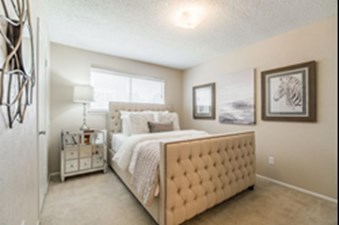 Bedroom at Listing #137241