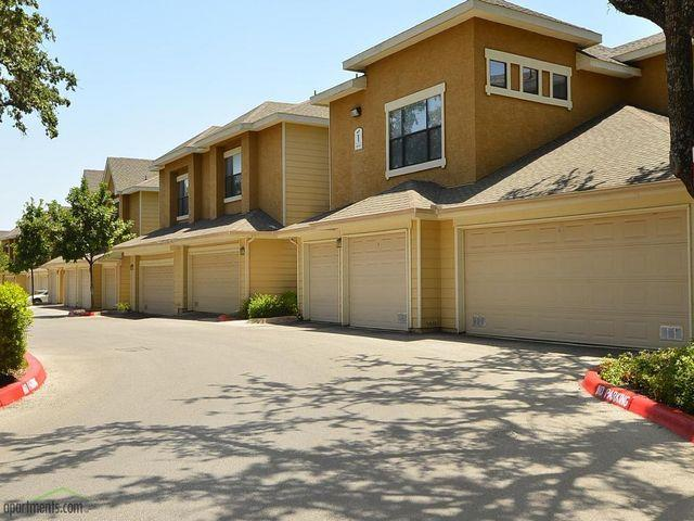 Exterior at Listing #144088
