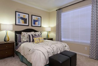 Bedroom at Listing #140147