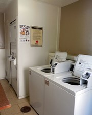 Laundry at Listing #141290