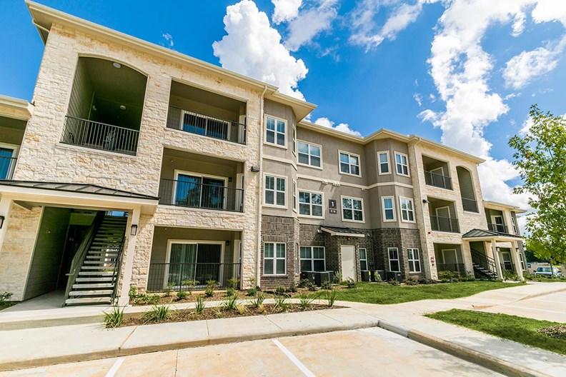 Hilltops Apartments