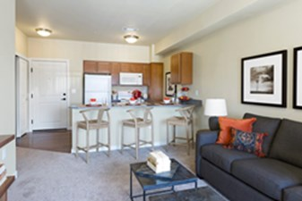 Living/Kitchen at Listing #304280
