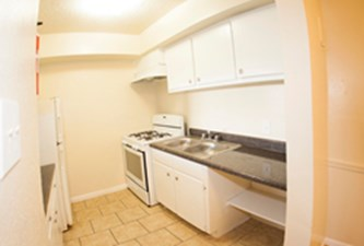 Kitchen at Listing #139733