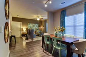 Living/Dining at Listing #283007