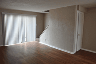 Living at Listing #214282