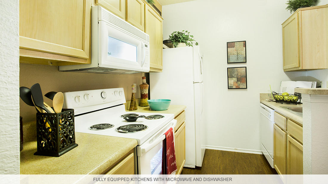 Kitchen at Listing #137418