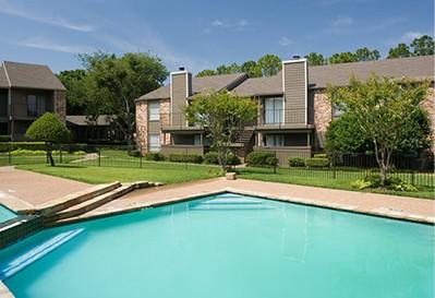 Pool at Listing #136140