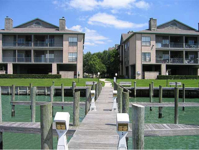 Pirates Landing Apartments Seabrook, TX