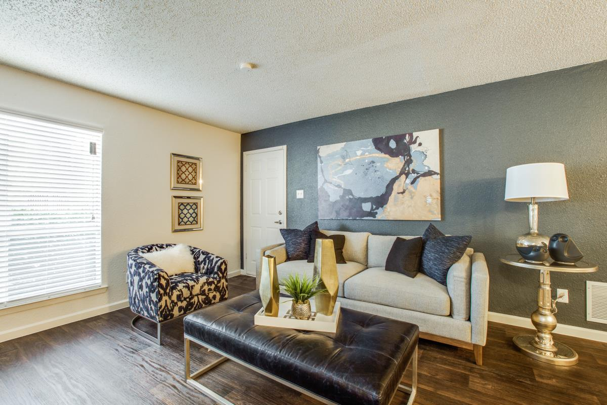 Living at Listing #136874