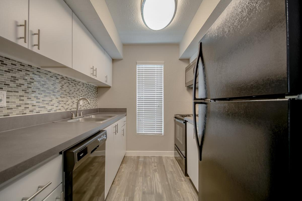 Kitchen at Listing #136913
