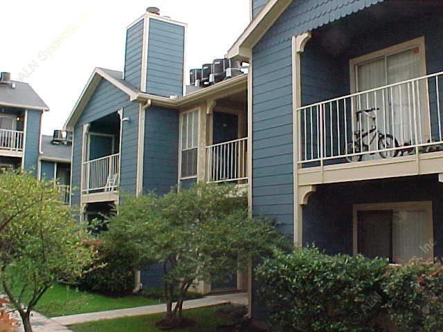 Over the Rainbow Apartments Dallas TX