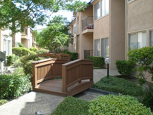 Courtyard at Listing #139667