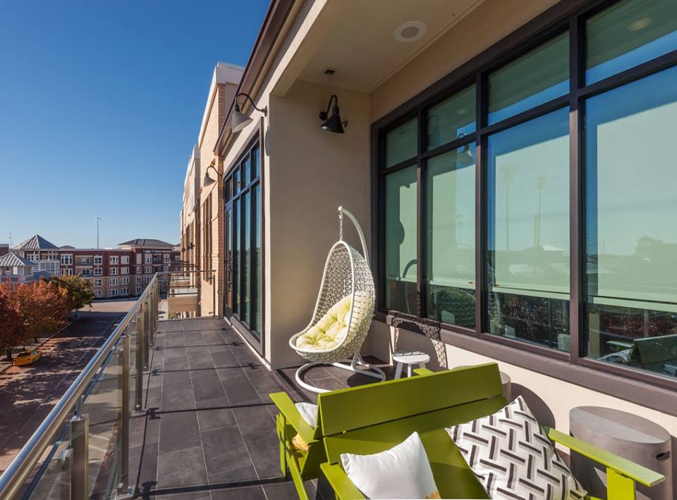 Balcony at Listing #282567