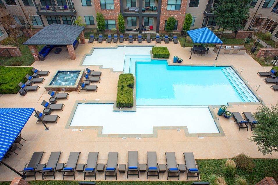 Pool at Listing #147755