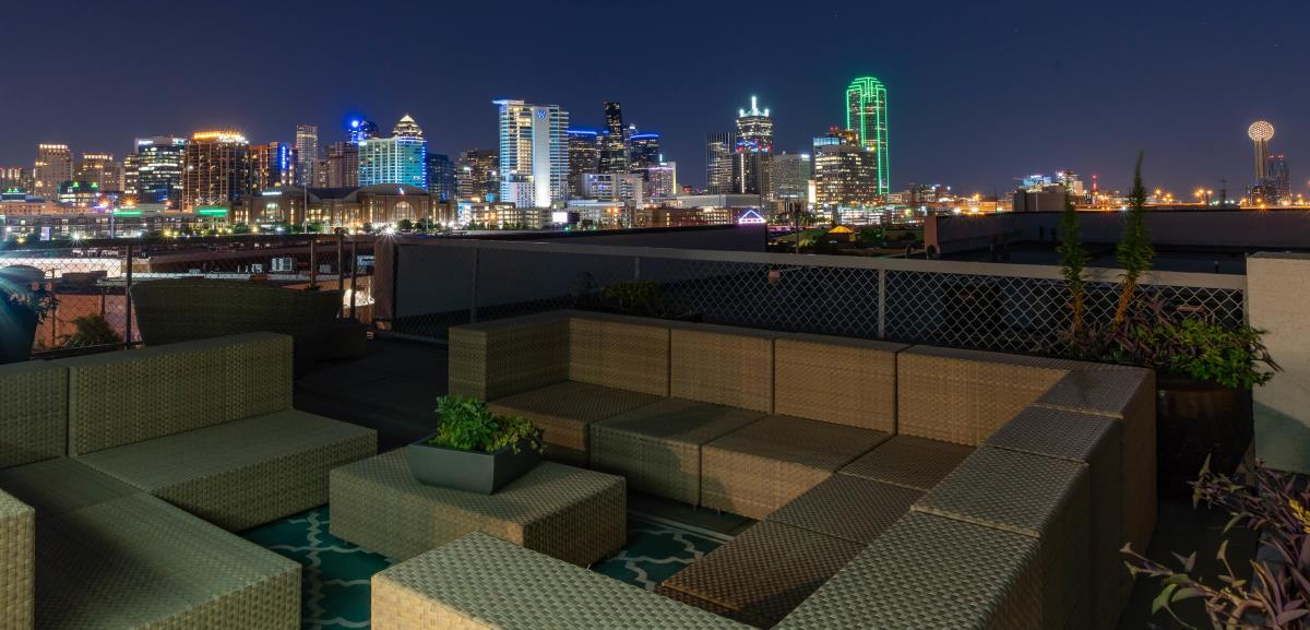 Rooftop Deck at Listing #144700