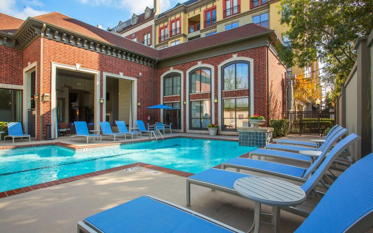 Pool at Listing #144199