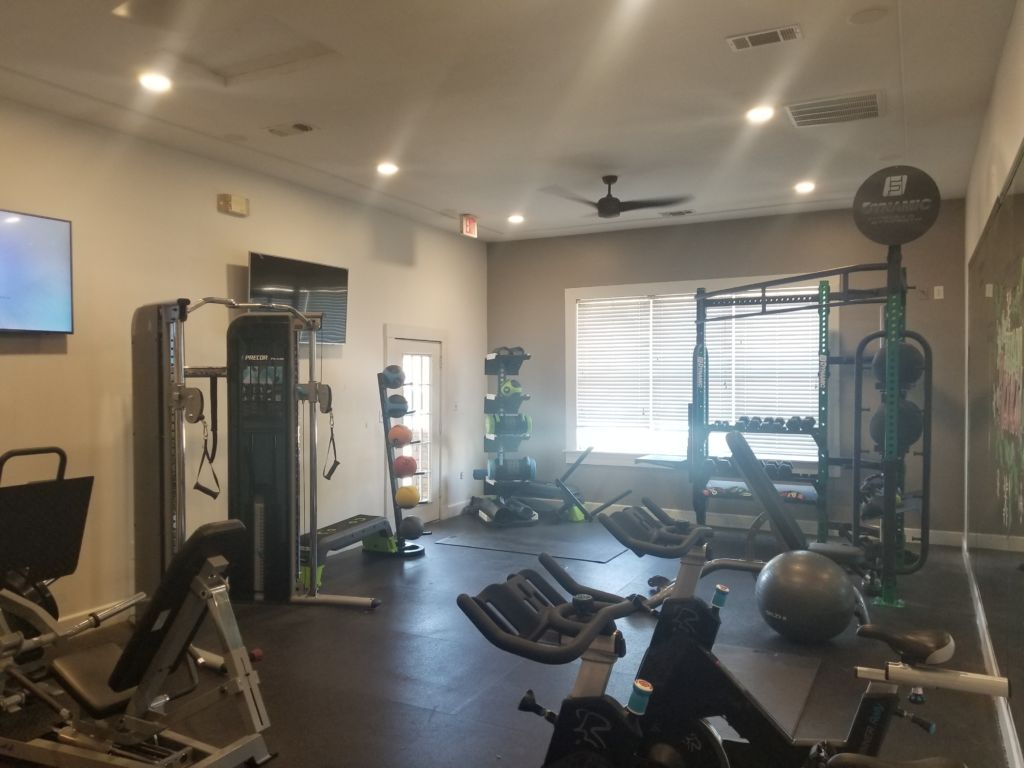 Fitness Center at Listing #138017