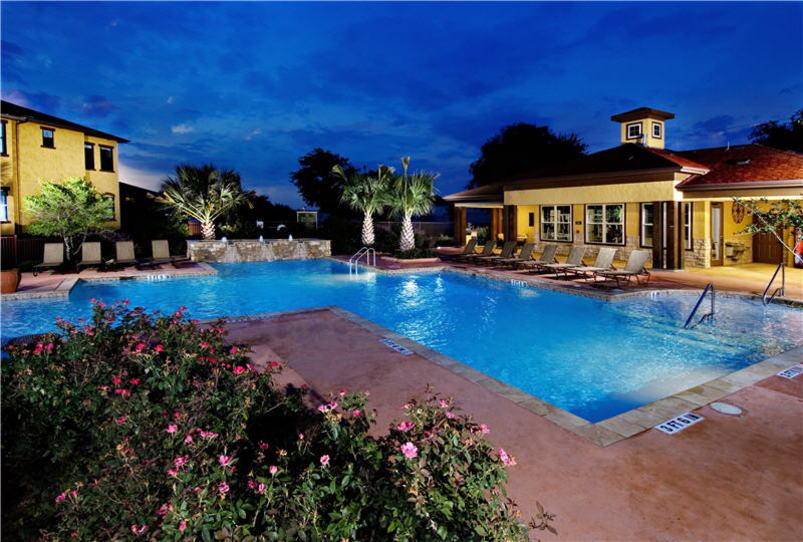 Pool at Listing #144533