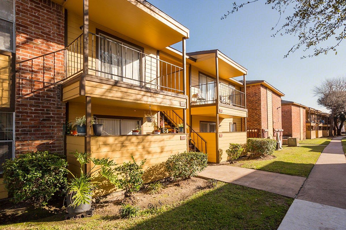 Willow Ridge Apartments Houston, TX