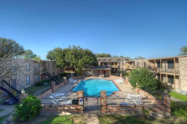 Pool at Listing #138429