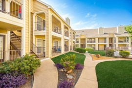 Arbors on Oakmont Apartments Fort Worth TX