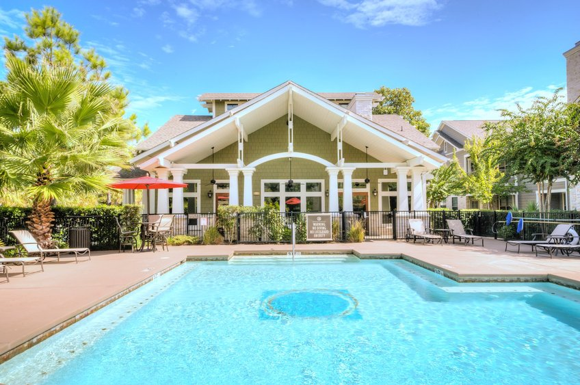Pool at Listing #145007