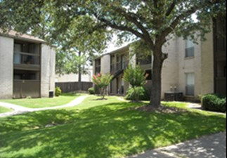 Bell Oaks Village at Listing #140029