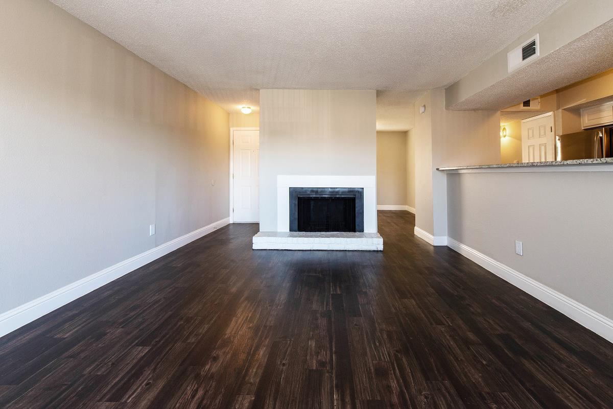 Living at Listing #136259