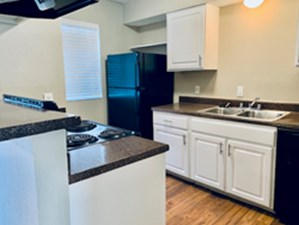 Kitchen at Listing #135668