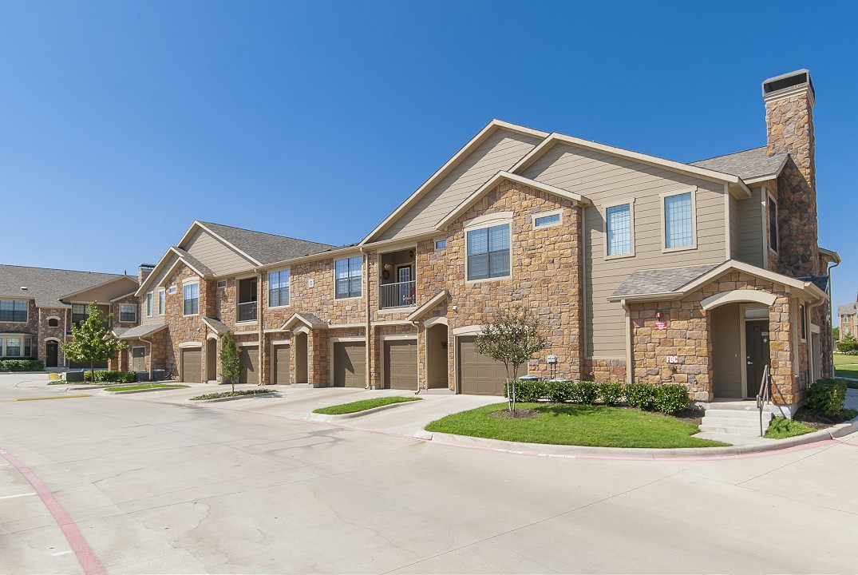 Mansions at Sunset Ridge Apartments Carrollton TX