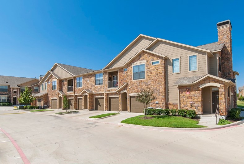 Mansions at Sunset Ridge Apartments
