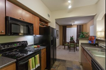 Dining/Kitchen at Listing #140709