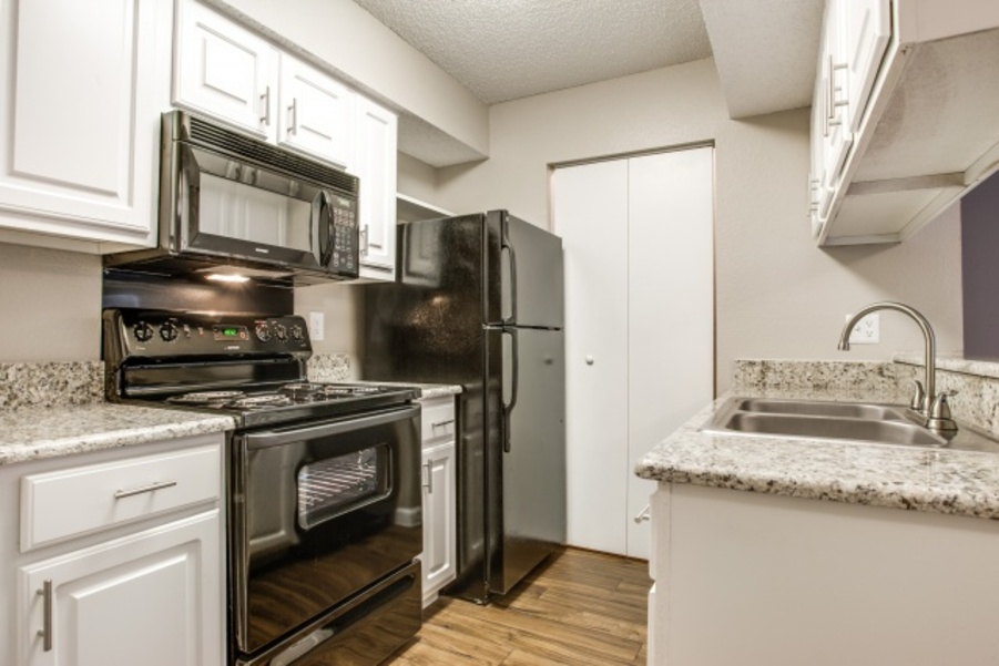 Kitchen at Listing #135846