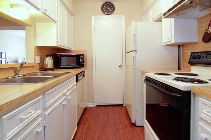 Kitchen at Listing #256268