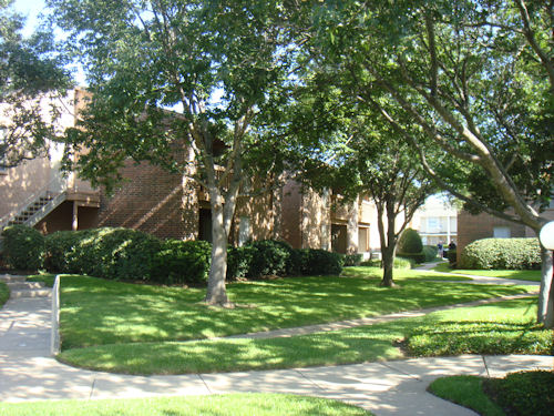Oak Meadows Apartments Denton TX